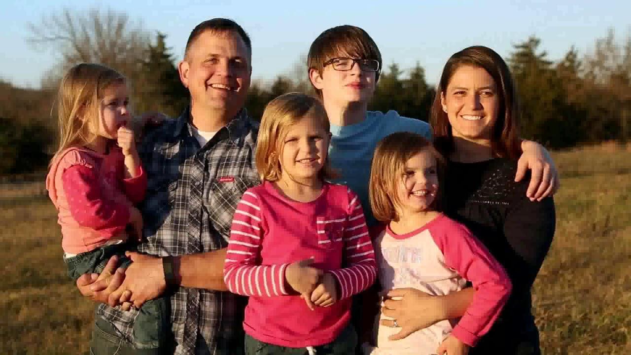 Tiny House Nation Family Edition Season 1 Episode 2 See