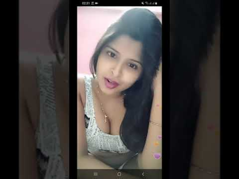 Indian Busty Hot Boobs And Navel On Bigo Live