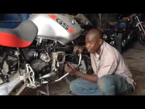 Bmw r1150gs casse moteur avec notre ami lutteur elton garage moto bmw s n gal 1 youtube - Garage moto bmw belgique ...