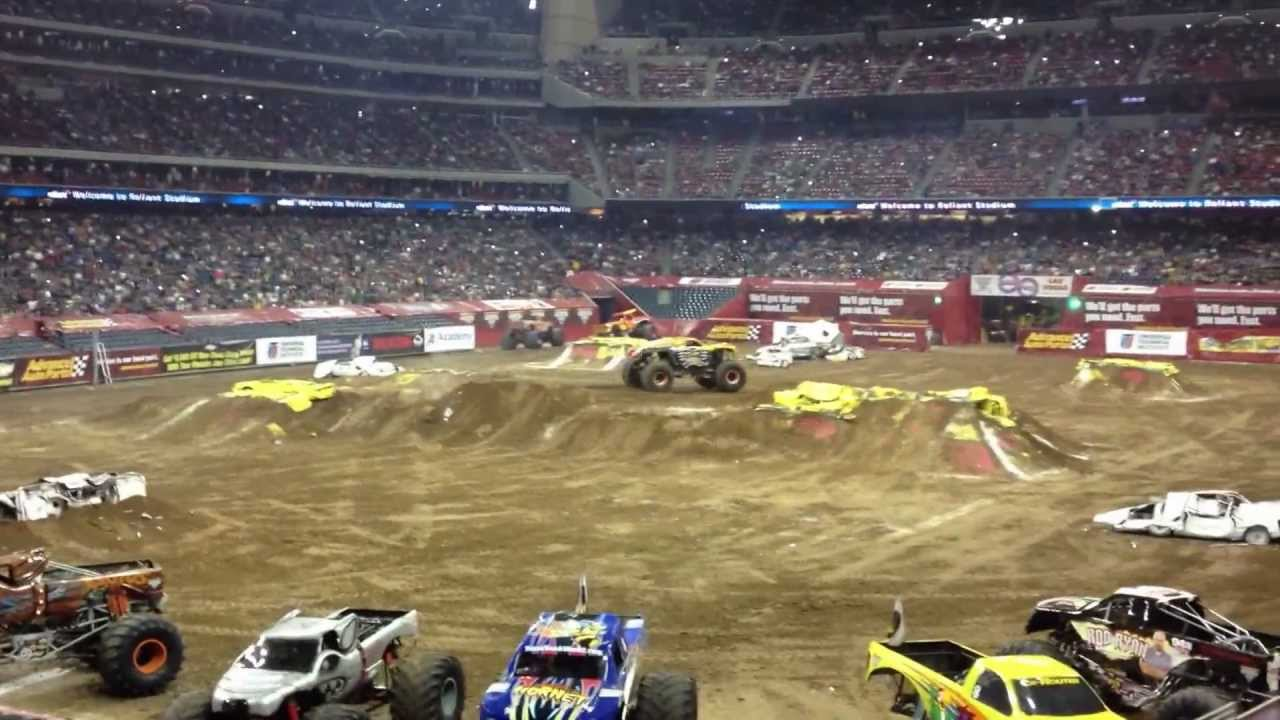 2013 Maximum Destruction Monster Jam Houston Reliant