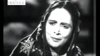 Bansi Ki Madhur - Gaon Ki Gori (1945) - Old Bollywood Classical Songs
