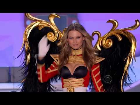 Behati Prinsloo Victoria's Secret Runway walks 2007 - 2015 HD