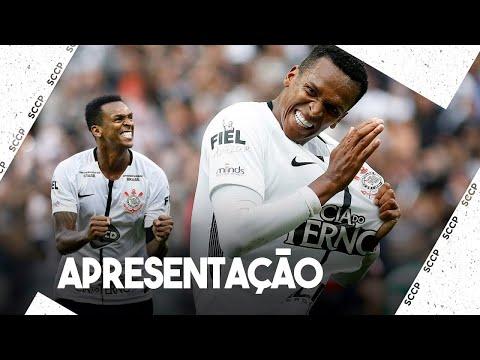 Corinthians: Jô comemora retorno