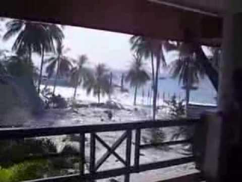 Tsunami หนึ่งในคลิปที่ถูกบันทึกไว้ สึนามิที่ไทย 2004