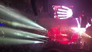 Queen + Adam Lambert - Tear it up (Live Wizink Center)