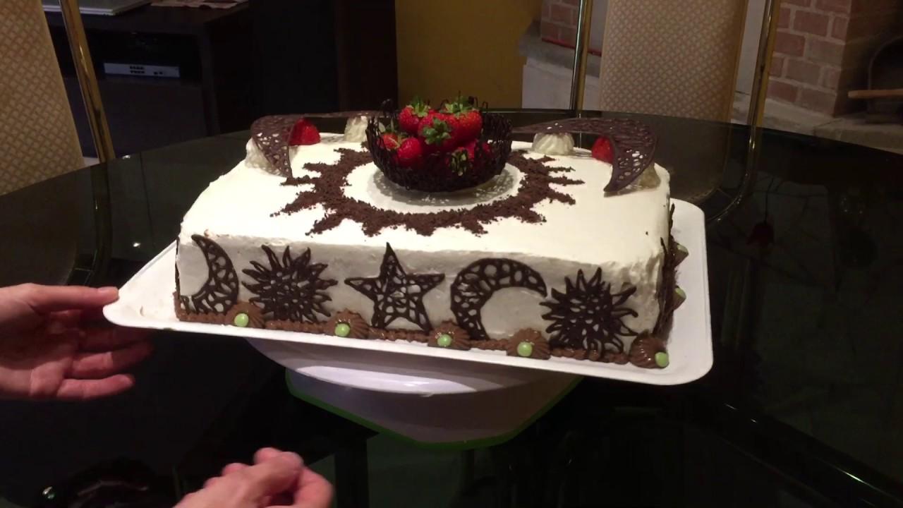 Torta di compleanno 40 anni youtube for Decorazioni torte 40 anni uomo