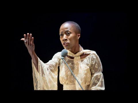 Rokia Traoré : « Ma carrière est prise en otage »