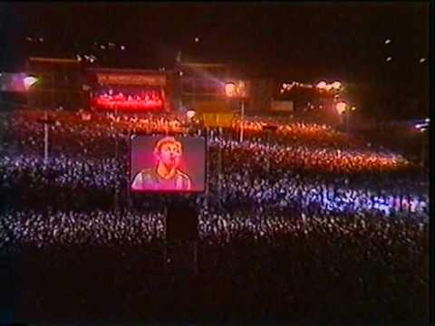 Bruce Springsteen - Cadillac Ranch - East Berlin 1988
