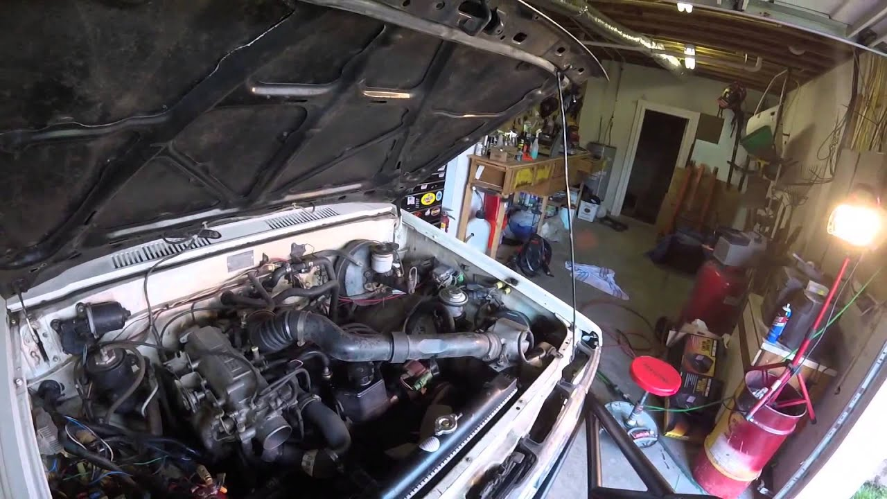 how to replace a toyota radiator 1984 1985 1986 1987 1988 1989 4runners trucks [ 1280 x 720 Pixel ]
