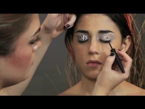 How to Do Zebra Eye Shadow Makeup : Makeup Suggestions