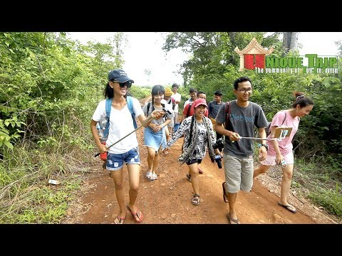 Trip to Kateing with students volunteer, Ratanakiri
