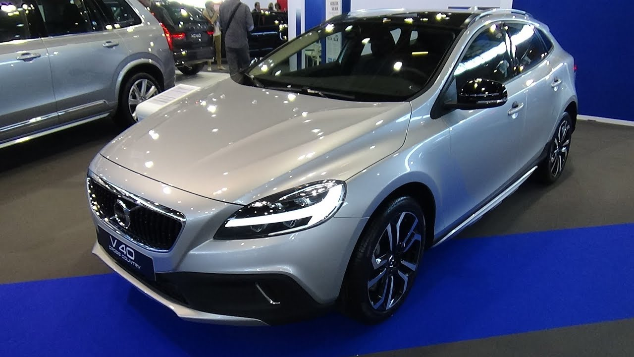 2018 volvo v40 cross country d2 versta edition exterior and interior salon automobile lyon. Black Bedroom Furniture Sets. Home Design Ideas