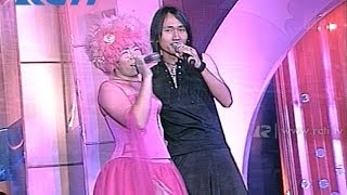 Video Melly Goeslaw & Eric 'Ada Apa Dengan Cinta' - AMI 2002 download MP3, 3GP, MP4, WEBM, AVI, FLV Januari 2018