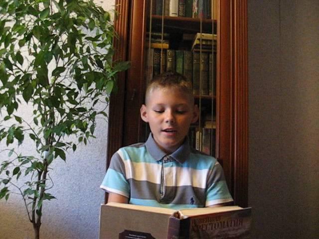 Иван Горбатов читает произведение «Детство» (Бунин Иван Алексеевич)