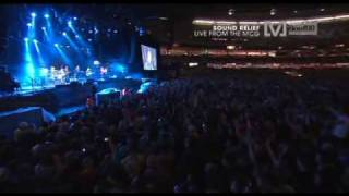 hunters and collectors - throw your arms around me    sound relief live