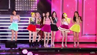 When SNSD (All 8 Members!) Appears - You can hear the crowd goes WAAAH! WHOA!! WHOOO! - Stafaband