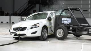 2012 Volvo S60 side IIHS crash test
