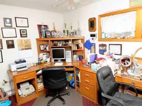 Homes for Sale - 27 Bobolink Ln Levittown NY 11756 - Caroline DeLuca