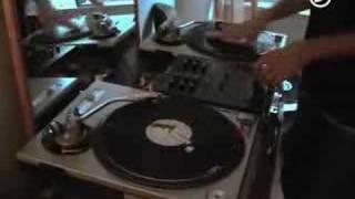 DJ Muzzell dmc 2005 routine