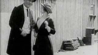 [1914 05 07]  Charlie Chaplin - A Busy Day (RUS SUB)