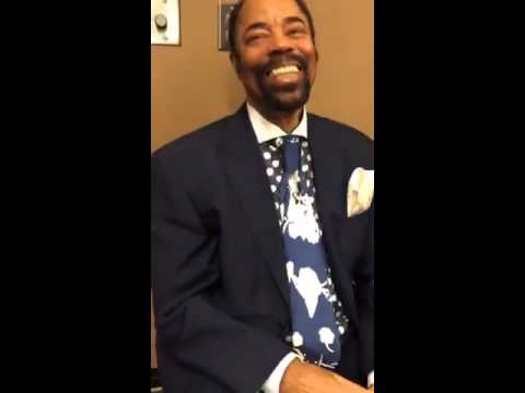 Clyde Frazier is a well-dressed man