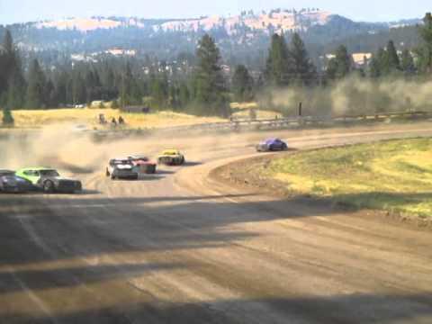 Eagle Track Raceway Street Stock Heat Race Part 3 (Darrin Metcalf & Greg Fisher Crash) Aug 9th 2014