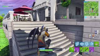 Fortnite, I meet a guy with an aimbot.