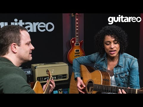 8 Tips For Singing & Playing Guitar - Guitar Lesson