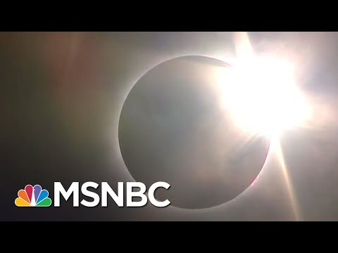 Total Solar Eclipse Over Carbondale, Illinois | MSNBC