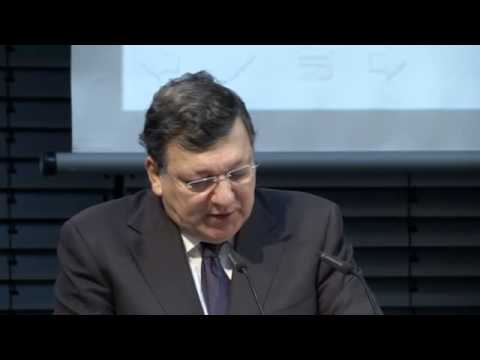 Barroso: Russia's Action in Ukraine Unacceptable