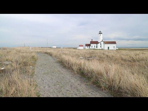 Dungeness Spit Lighthouse - Washington Hiking
