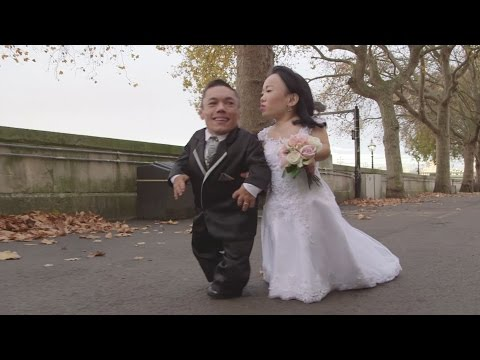 Meet the world's smallest married couple - Paulo and Katyucia