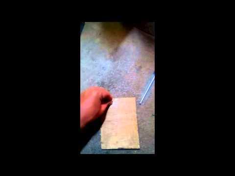 Technique on How to make your own sustain pedal for piano keyboards (VERY EASY)