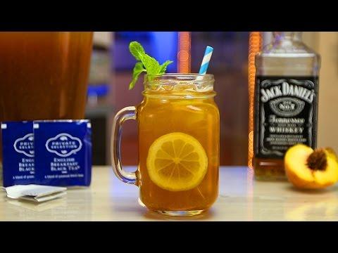 Peach Whiskey Iced Tea