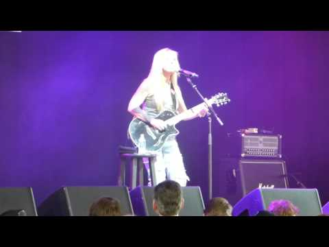 Lisa, Acoustic, by Lita Ford at the M3 Festival on 4/28/2017