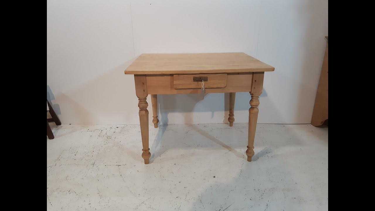 a small antique pine kitchen table   pinefinders old pine furniture warehouse a small antique pine kitchen table   pinefinders old pine      rh   youtube com