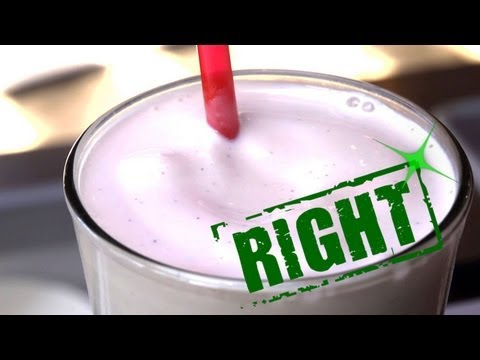 How to make milkshake with a hand blender