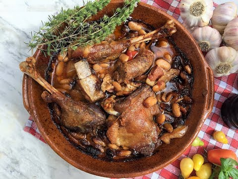 You Can Make That Traditional Cassoulet At Home - Famous French Bean Stew