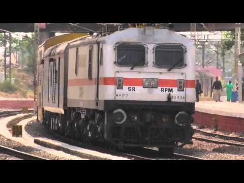 WAP-7 with 22626 SBC-MAS Double Decker 20160417 14:52
