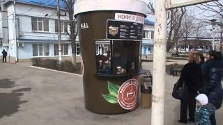 Склянку кави з металу в роботі. Красиво і практично