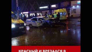 В Казани водитель БМВ протаранил машину ГИБДД: инспектор погиб