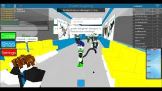 Roblox-Sky diving + I HAVE A FAN ^-^