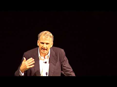 ON TYRANY - Twenty lessons from the twentieth century by Timothy Snyder