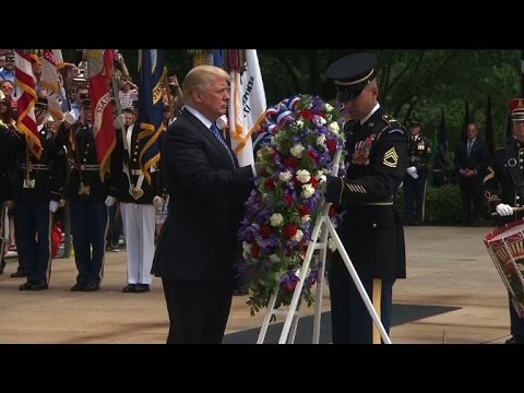 AFP news agency: Trump pays homage to soldiers killed in combat