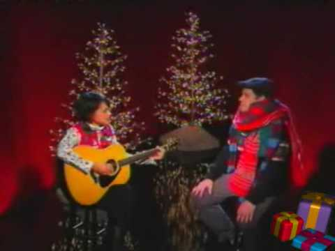 Norah Jones - ♫ Funny YouTube Christmas Song ♫
