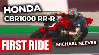 MCN's Neevesy reviews the 2020 Honda Fireblade! Is...