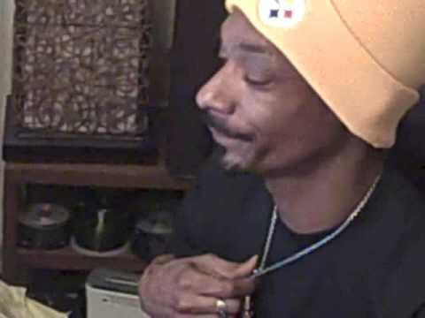 Bigg Snoop Dogg on Twizzle Live from tha Studio 3.18.2009