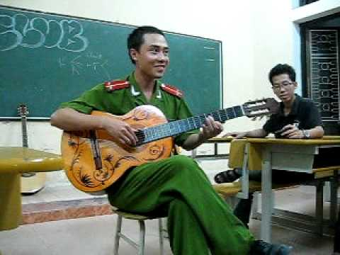 PTIT giao lưu guitar với anh Tuấn