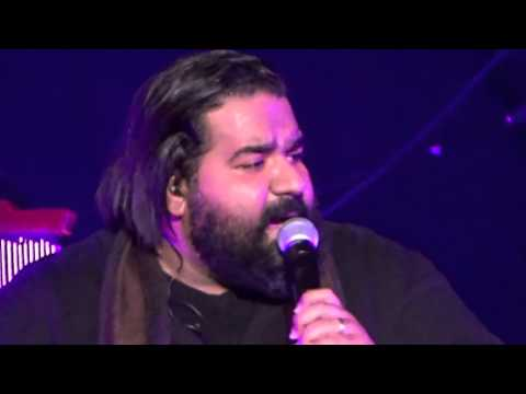 Reza Sadeghi - Vaysa Donya - Kafshe Ahani - وایسا دنیا - کفش آهنی