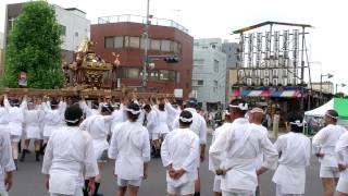 熊谷うちわ祭 行宮へ神輿到着